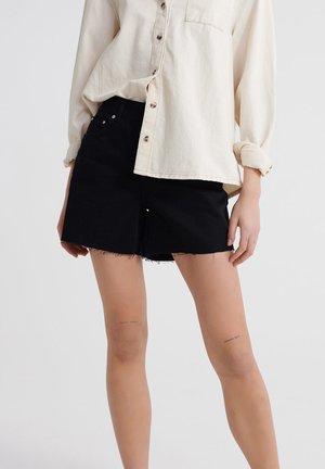 Denim shorts - bronco black