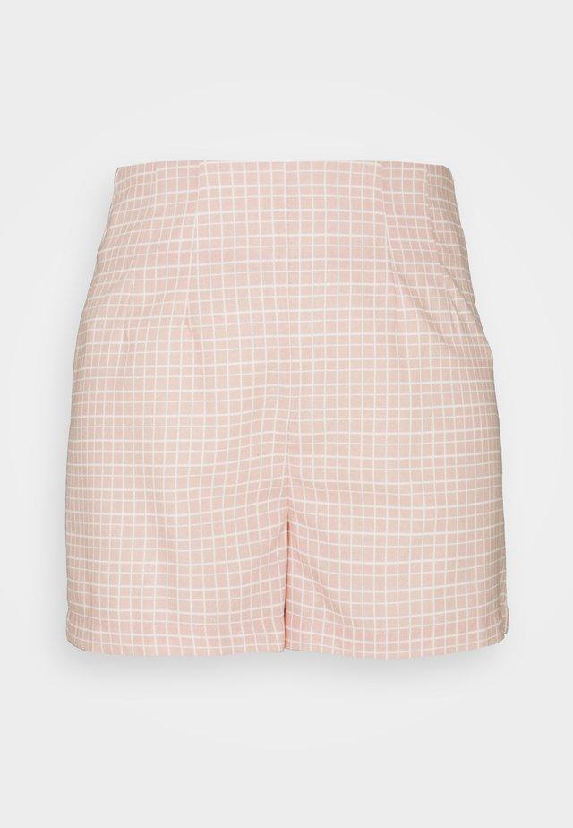 SEERSUCKER - Shorts - peach grid
