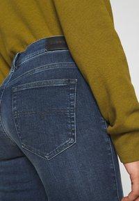 Diesel - D-ROISIN - Jeans Skinny Fit - washed black - 3