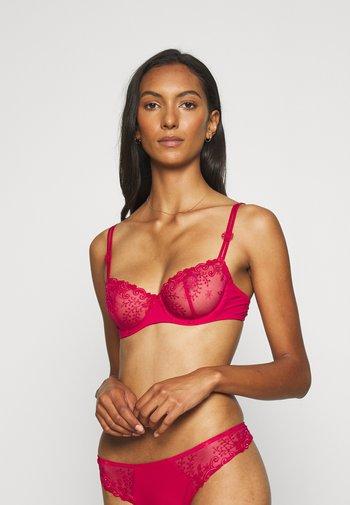 DELICE - Kaarituelliset rintaliivit - cranberry