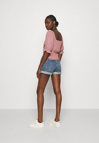 Abercrombie & Fitch - CINCH FRONT PUFF - Blus - rose - 2