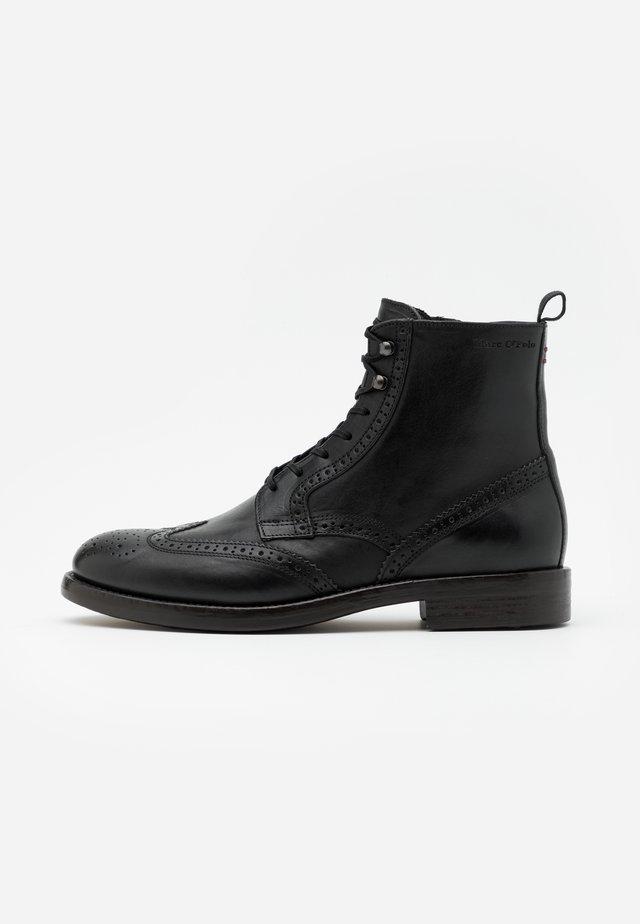 LACE UP BOOT - Bottines à lacets - black