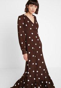 IVY & OAK - BOHEMIAN  - Maxi dress - dark chocolate - 4