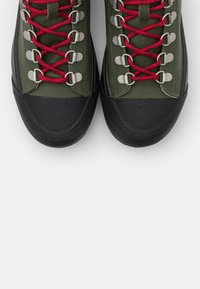 Lacoste - GRIPSHOT  - Bottines à lacets - dark kahki/black - 5