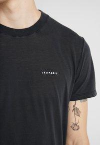 Iro - ETON - Basic T-shirt - black - 5