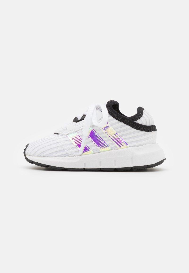 adidas Originals - SWIFT RUN X I UNISEX - Trainers - footwear white/core black