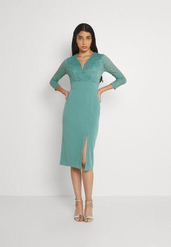 GAYLE MIDI DRESS - Sukienka z dżerseju - sage green