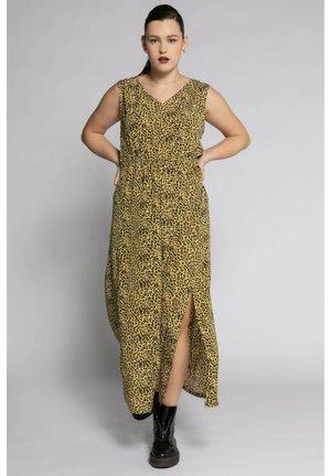 Maxi dress - pomelogelb