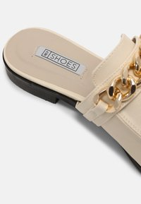 Nly by Nelly - CHUNKY CHAIN LOAFER - Mules - beige - 5