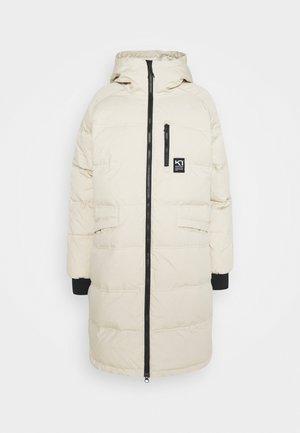 RONGVE - Kabát zprachového peří - offwhite