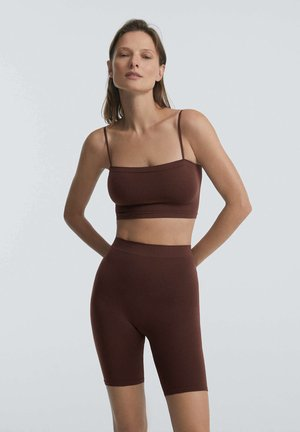 SOFT TOUCH - Shorts - brown