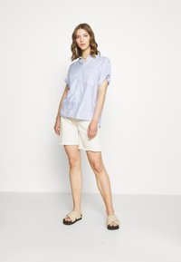 New Look - Button-down blouse - blue pattern - 1