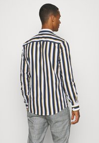 Only & Sons - ONSSANE STRIPED SLIM FIT - Shirt - blues - 2