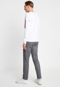Alpha Industries - Sweatshirt - white - 2