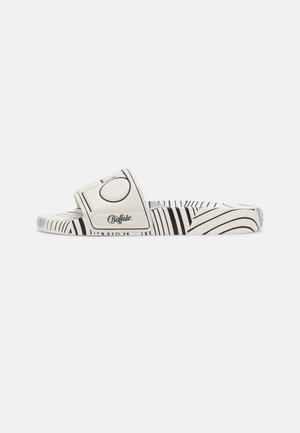 RONA - Sandály do bazénu - white/black