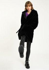 Pimkie - Winter coat - schwarz - 1