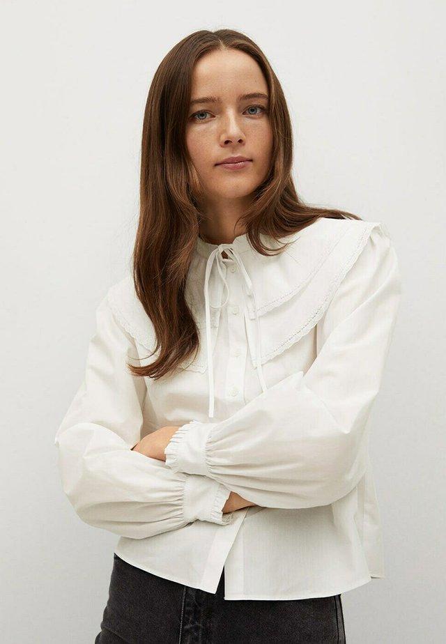 CAMISA - Button-down blouse - blanco roto