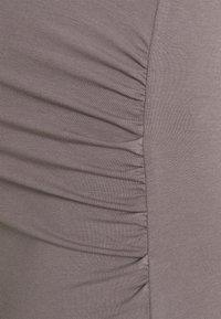 Anna Field MAMA - Jerseykjole - dark grey - 2