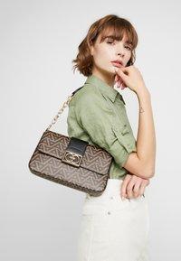 ALDO - HAEDITH - Håndtasker - brown miscellaneous - 1