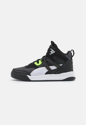 BACKCOURT MID CYBER WEEK UNISEX - High-top trainers - black/white/green glare