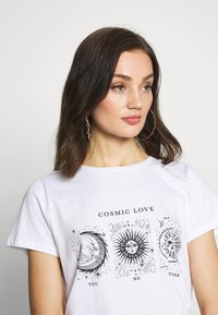 Noisy May - NMNATE SIGNS - T-shirt con stampa - bright white - 4