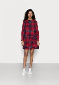 GAP Petite - Shirt dress - red - 1
