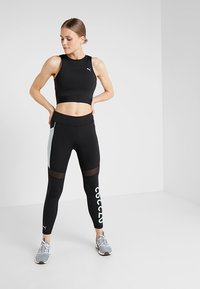 Puma - CROP - Top - black - 1