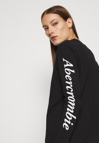 Abercrombie & Fitch - ITALIC LOGO TEE - Long sleeved top - black - 3