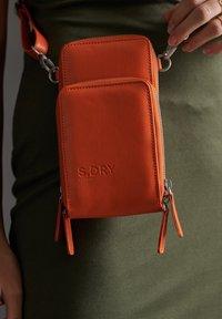 Superdry - VALLEY - Across body bag - exuberance - 1