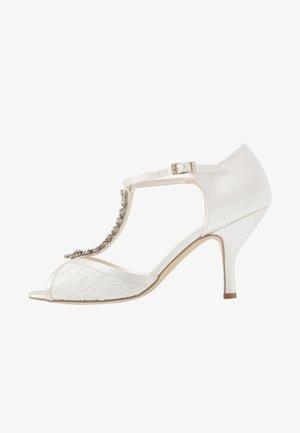 BETH - Chaussures de mariée - ivory