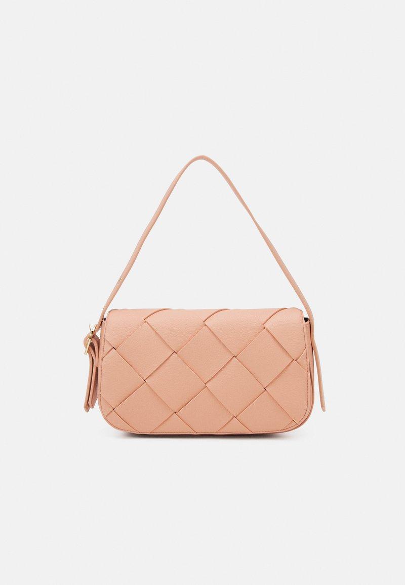 Who What Wear - HARPER - Handbag - coral pink grainy