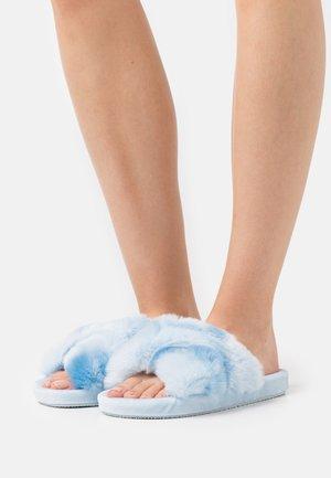 TIE DYE CROSS CHUNKY SLIDER - Slippers - blue