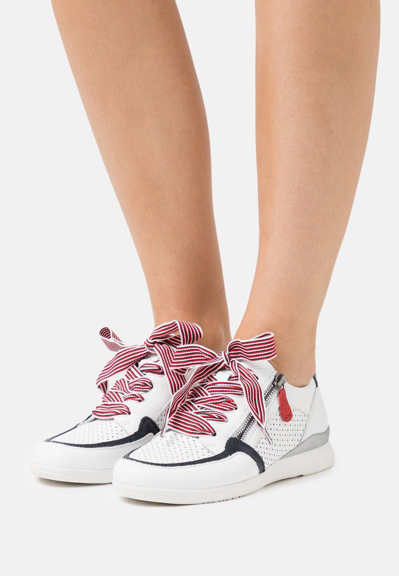 Jana - Trainers - white/navy