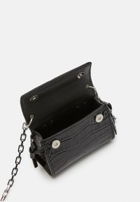 KARL LAGERFELD - IKON NANO TOP HANDLE - Sac bandoulière - black