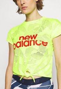 New Balance - ACHIEVER COLLIDE TEE - Koszulka sportowa - bleached lime glo - 3