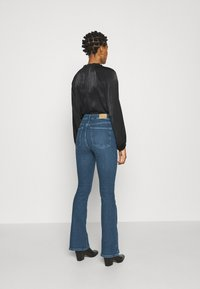 Gina Tricot - MEJA - Flared Jeans - midnight blue - 2
