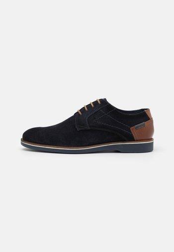 LEATHER - Zapatos de vestir - dark blue
