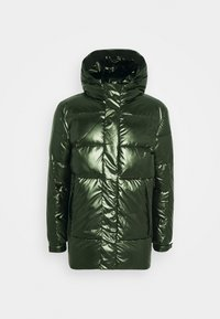 Calvin Klein - OILY METALLIC MID LENGHT JACKET - Untuvatakki - dark olive - 0