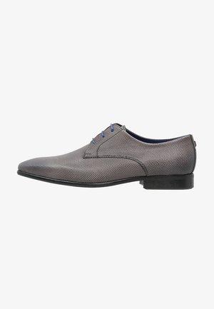 JURAC - Elegantní šněrovací boty - gris