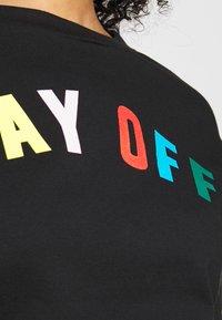 CAPSULE by Simply Be - DAY OFF - Sweatshirt - black - 5