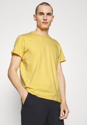 ROLL NECK TEE - Jednoduché triko - bright yellow