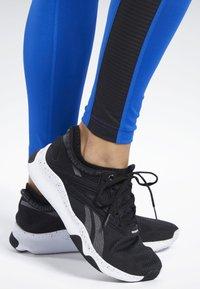 Reebok - WORKOUT READY MESH TIGHTS - Leggings - blue - 5