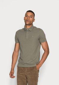 Lacoste - Polo shirt - tank - 0