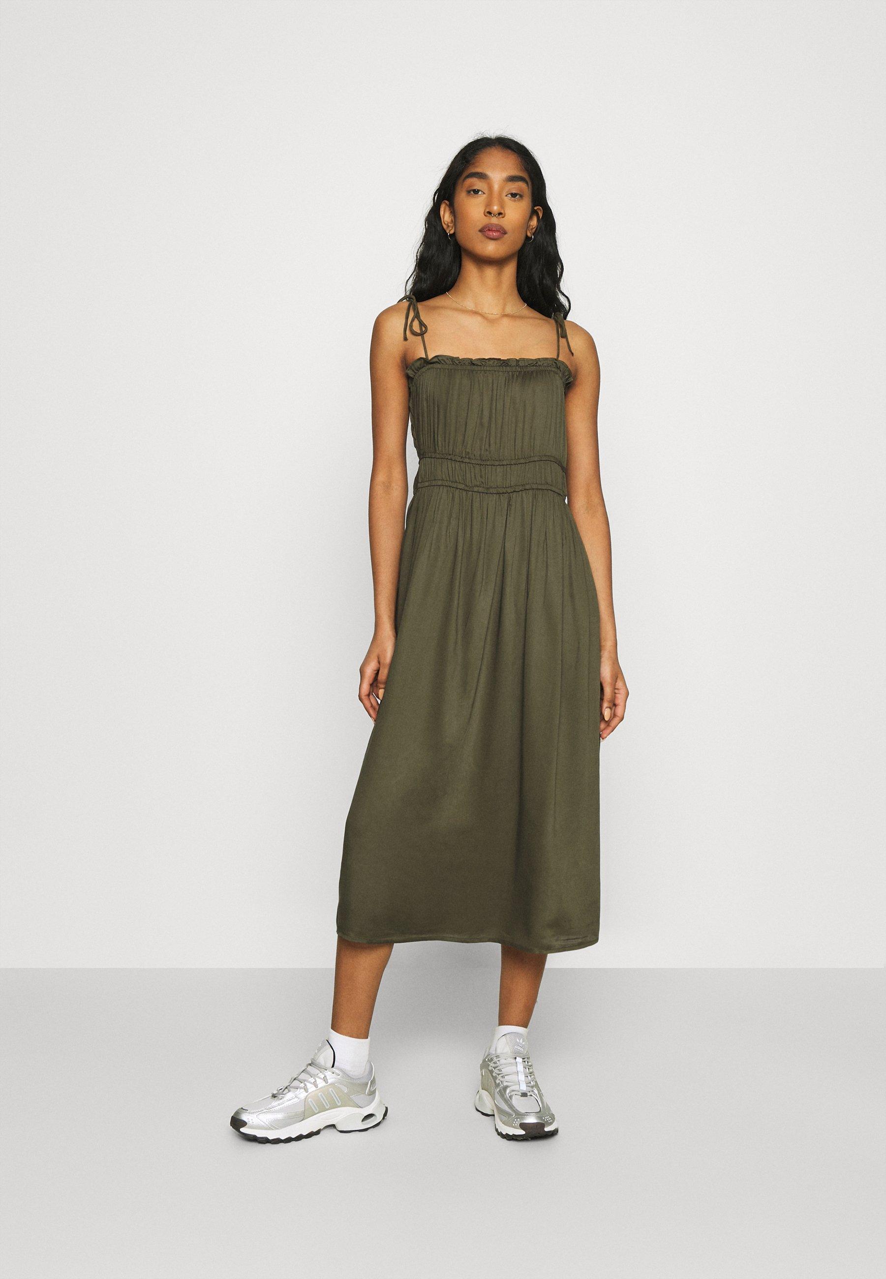 Women VMHELYN STRAP CALF DRESS  - Day dress