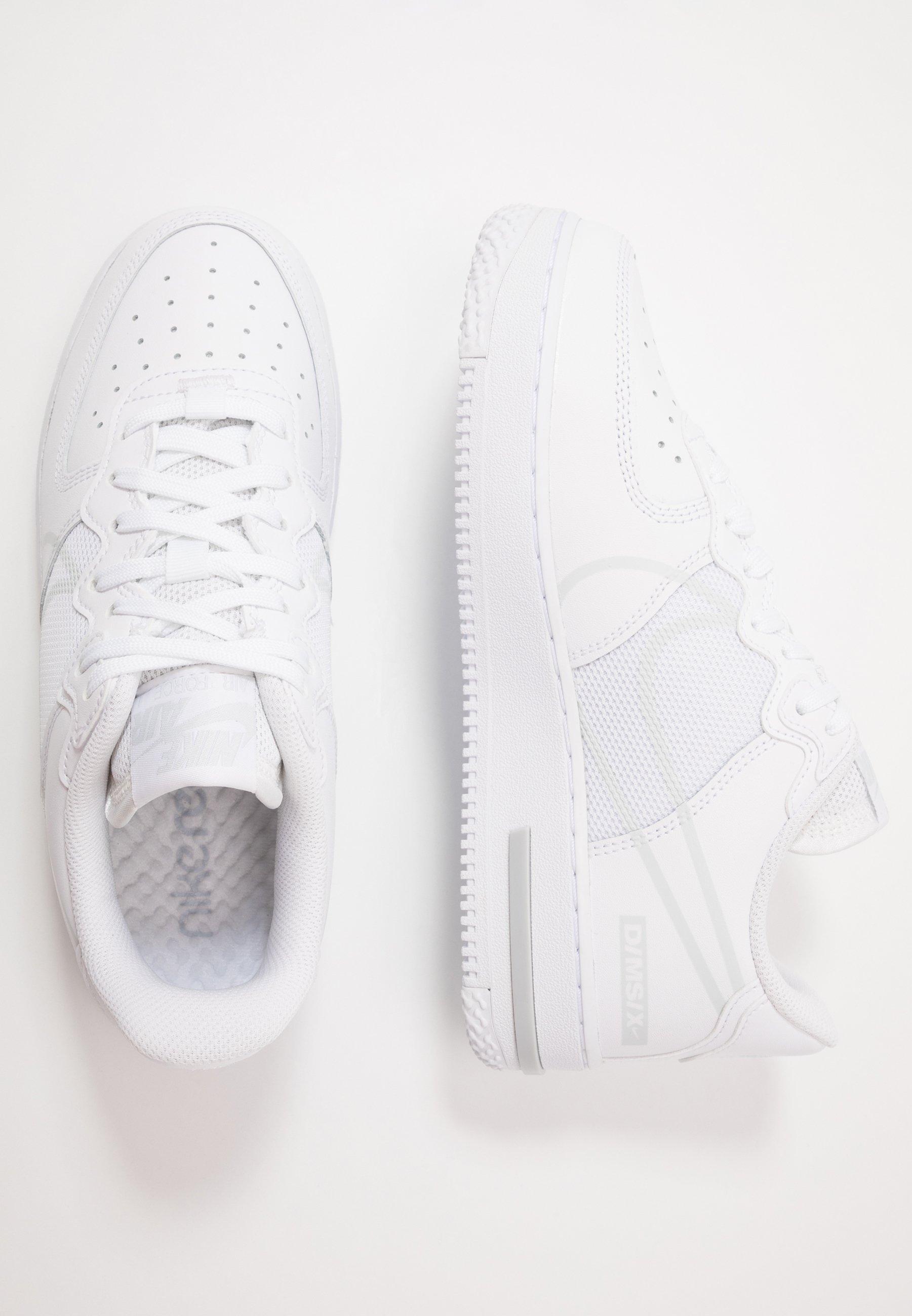 Kjøp Nike Tennis Classic Ac White White Pure Platinum hvite