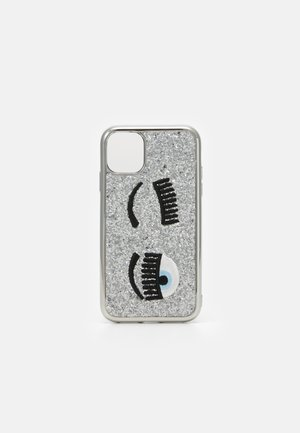 GLITTER FLIRTING CASE IPHONE 11 - Etui na telefon - silver-coloured