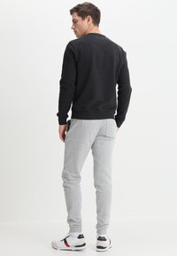 Farah - TIM CREW - Sweatshirt - black marl - 2