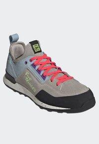 adidas Performance - FIVE TENNIE SHOES - Hiking shoes - brown/grey/purple - 2