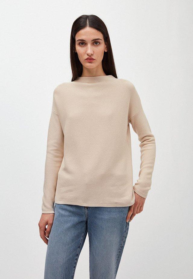 MEDINAA - Jumper - brown