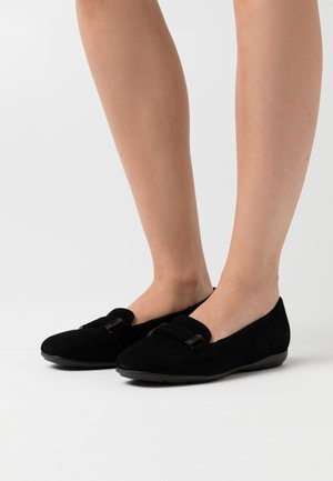 ANNYTAH - Nazouvací boty - black